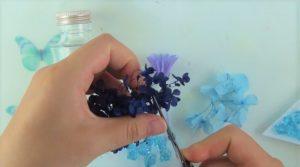 お花をカット